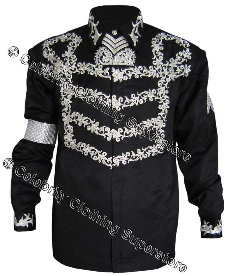 http://www.michaeljacksoncelebrityclothing.com/MJ-Pics/MJ%20This%20Is%20It%20clothing/mj-press-conference-jacket.jpg