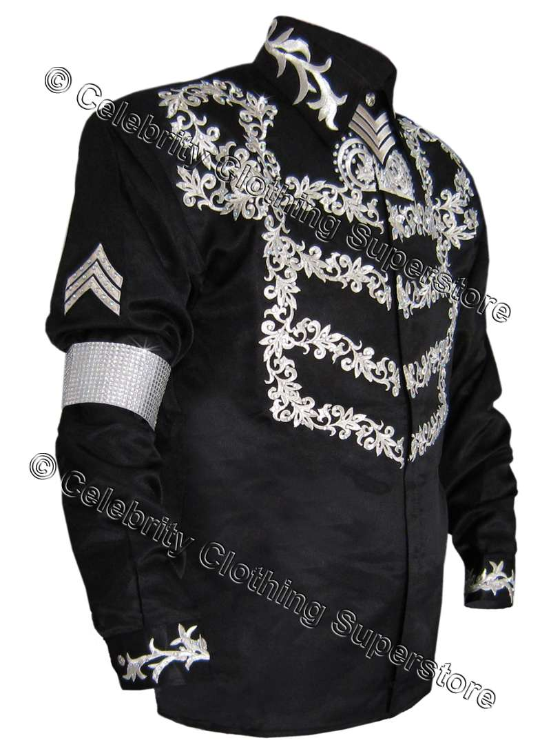 http://www.michaeljacksoncelebrityclothing.com/MJ-Pics/MJ%20This%20Is%20It%20clothing/mj-this-is-it-jacket.jpg