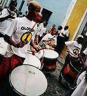 http://www.michaeljacksoncelebrityclothing.com/MJ-Pics/MJ-T-Shirts/180px-Olodum-drummers.jpg