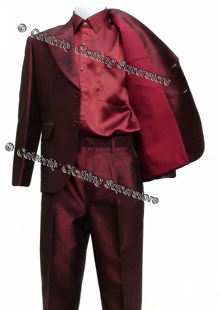 http://www.michaeljacksoncelebrityclothing.com/MJ-Pics/blood-on-dance-floor-suit/mj-blood-dance-floor-suit.jpg
