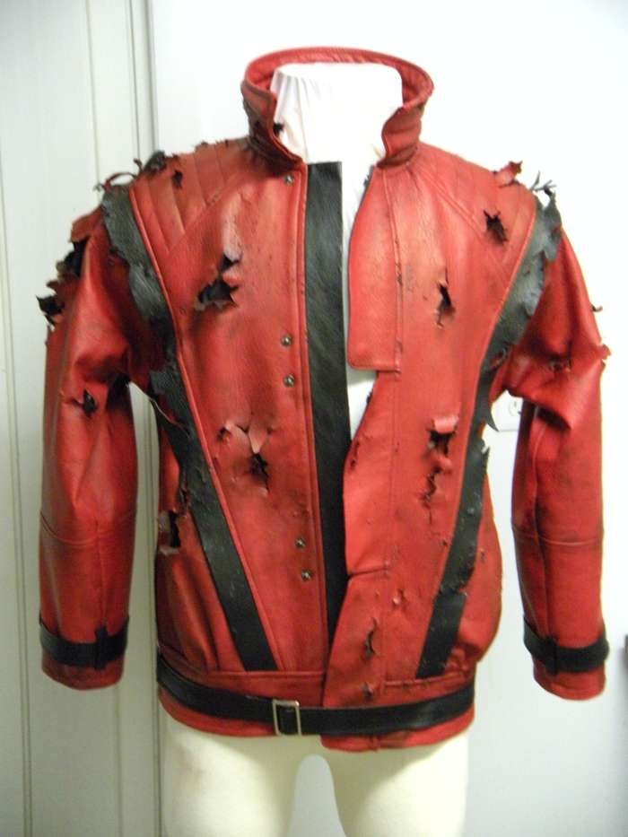 http://www.michaeljacksoncelebrityclothing.com/MJ-Pics/mj%20thriller%20jacket/Zombie%20Thriller%20Project2%20(2).jpg